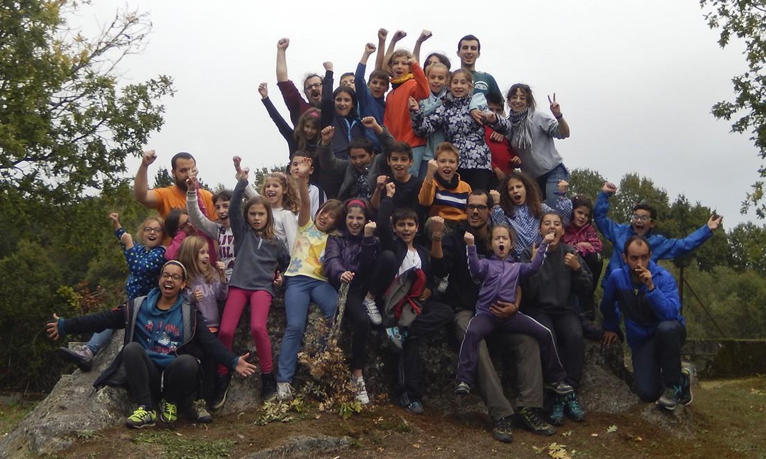 Foto de grupo ao final do primeiro campamento do Grupo Scout Ilex 959