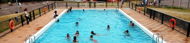 actividades na piscina