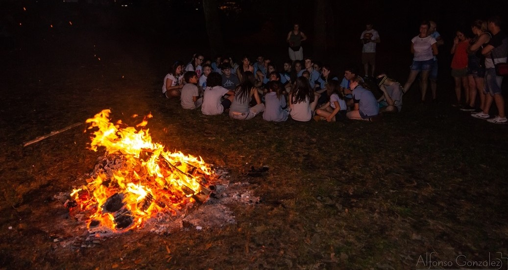 scouts xunto ao lume