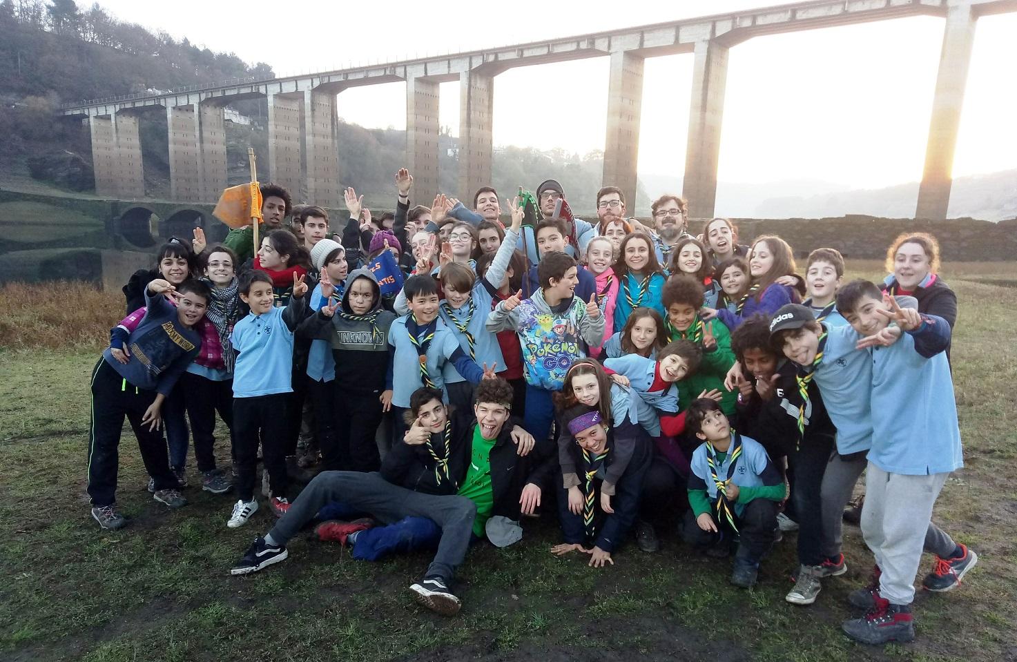 scouts de Ourense en Portomarín