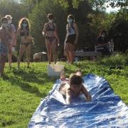 scouts con xogos de auga
