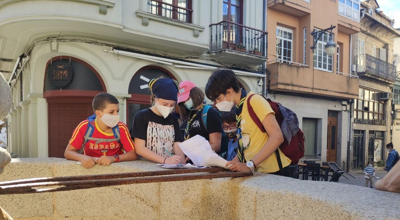 Orientación urbana en Lugo cos scouts